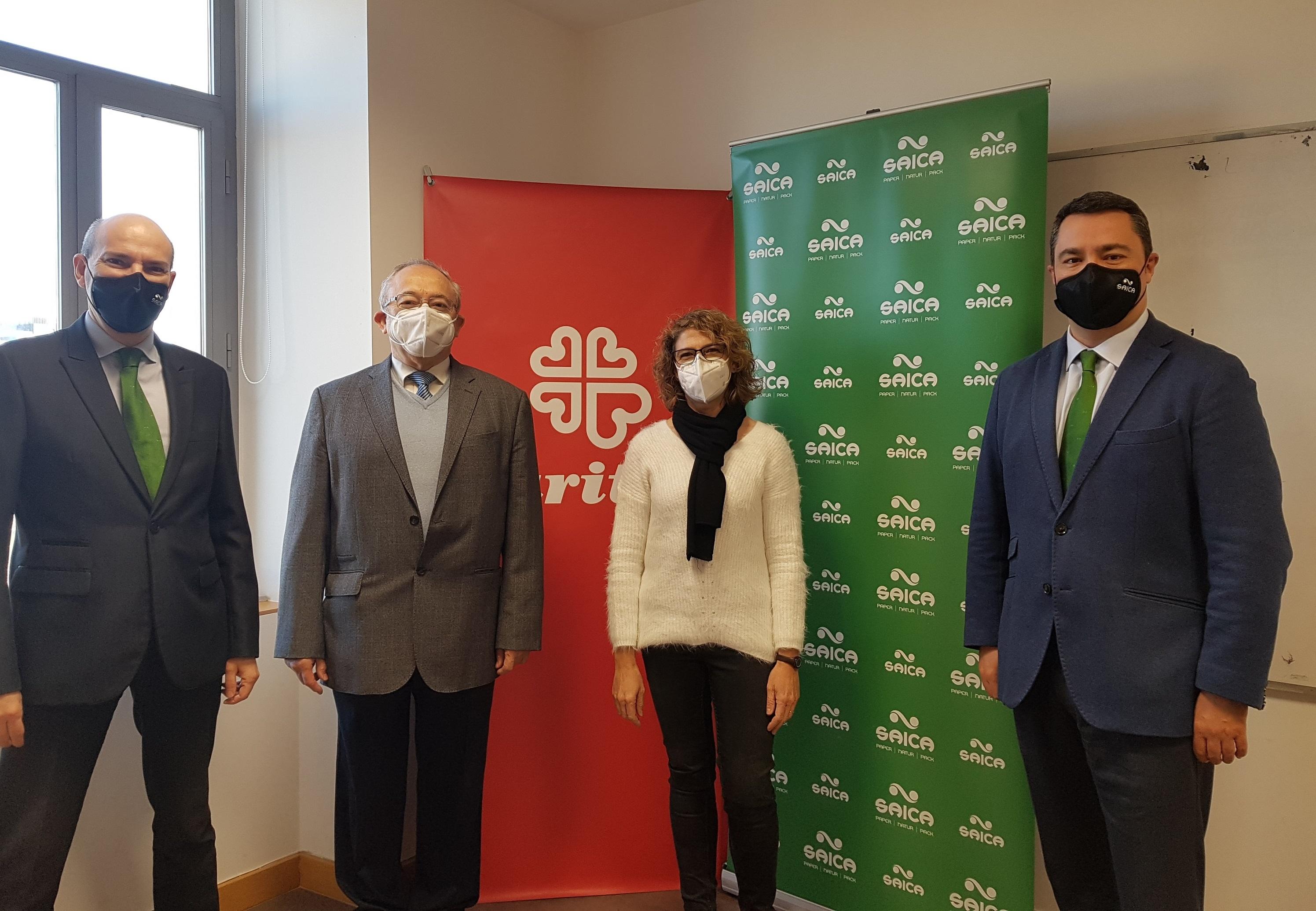 Acto de donación de Grupo Saica a Cáritas Zaragoza