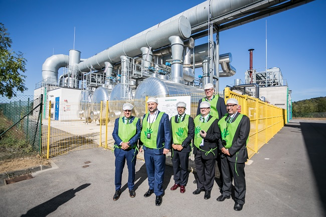 The Deputy Prime Minister, Minister of the Economy, Minister of Health of the Grand Duchy of Luxembourg, Ramon Alejandro and Javier Fernandez in the Saica Flex facility in Luxembourg